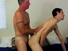 Free light skin twink dick and emo big dick tube at Bang Me Sugar Daddy
