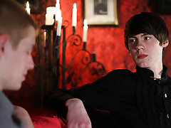 Twinks boys gays on cam and naked teen gay twink boys - Gay Twinks Vampires Saga!