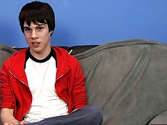 Skinny lovely twinks pictures and trannies swallow twinks at Boy Crush!