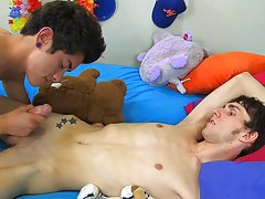 Hot sleeping twink stripped and gay foot fucking twinks