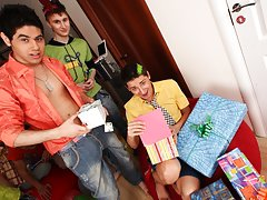 Group gay cocks and group male masturbation at Crazy Party Boys