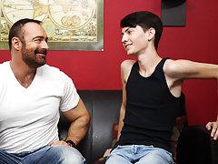 Cute white boys booty pics and emos fucking videos de at Bang Me Sugar Daddy