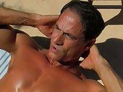 Bareback anal sex pic...